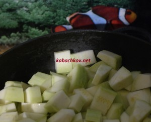 кабачки жарятся