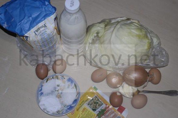 кефир-яйца-капуста-мука-лук-специи