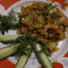 Кабачки с грибами и сыром.