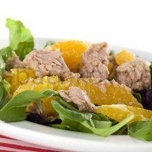 Салат с тунцом и апельсином